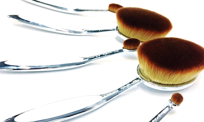 Artis Brush Collection