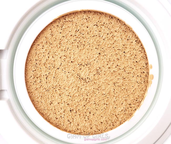 MISSHA M Magic Cushion SPF50+ PA+++ Close up