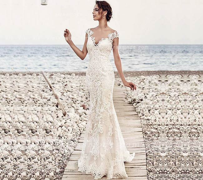 chic modern long trumpet/mermaid lace beach wedding dress