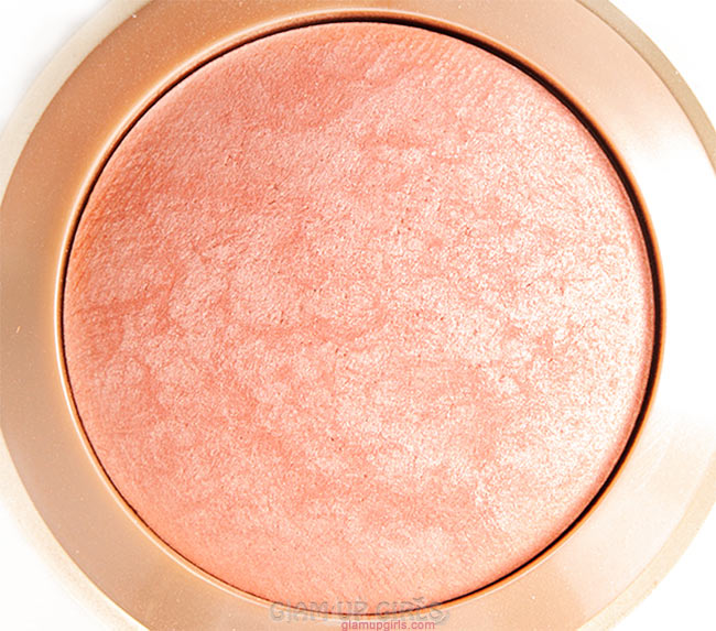 Milani Baked Blush in Luminoso Close up