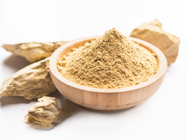 Benefits of using Fuller's Earth or Multani Mitti