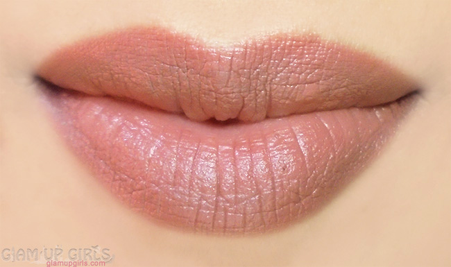 Lip swatch of e.l.f. Studio Matte Lip Color Praline