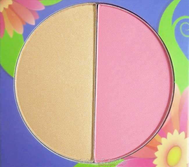 BH Cosmetics Floral Blush Duo in Daisy Close up