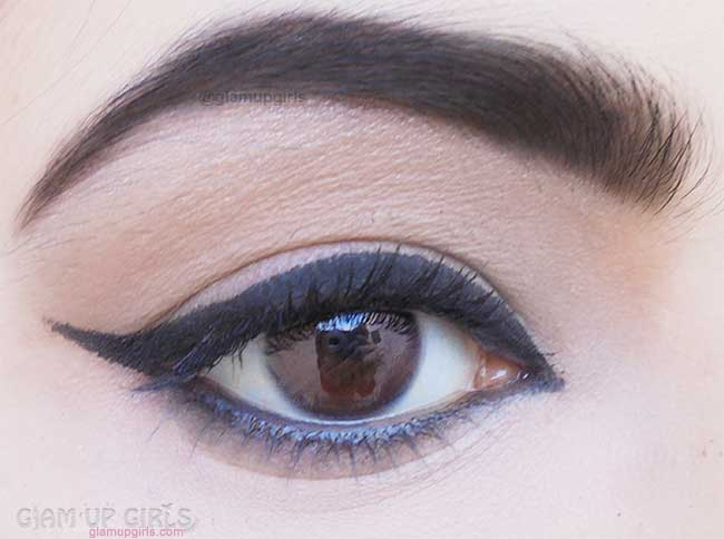 Sigma Beauty Standout Eyes Gel Liner in Wicked Application