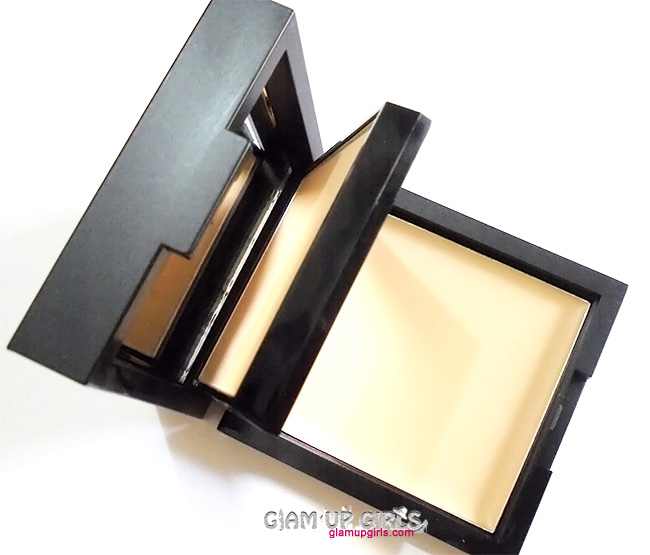 Sleek Makeup Base Duo Kit in Oatmeal - Review and Swatches
